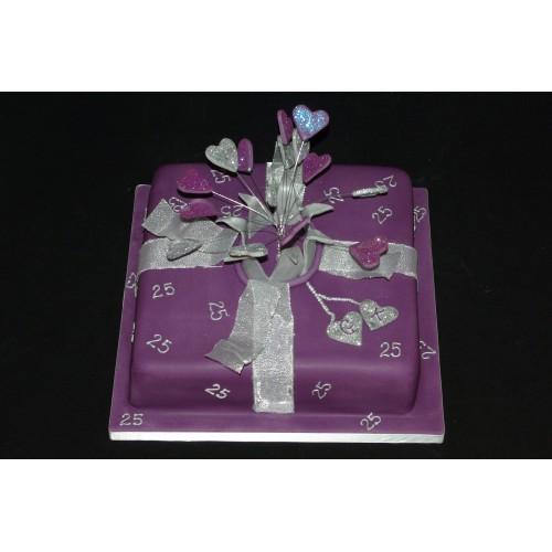 Торт на день рождения 37
