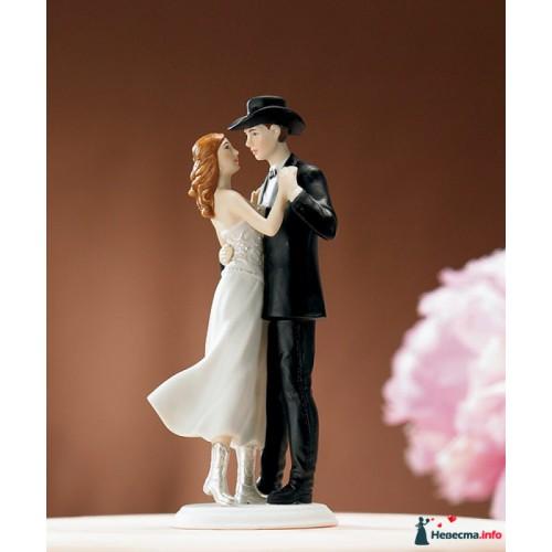 Свадебная фигурка на торт 7